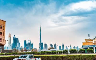 متحدہ عرب امارات نے صحرا کے بیچوں بیچ ایسا بے مثال منصوبہ بنا دیا کہ دیکھ کر عقل دنگ رہ جائے