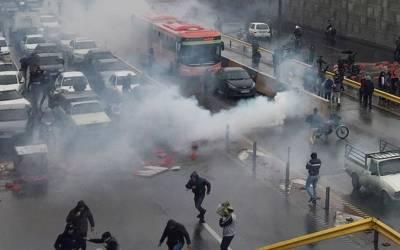 ایران کی سڑکیں ایرانیوں کے ہی خون سے لال ہونے لگیں