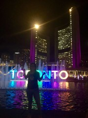 So, landed in Toronto and went to explore straight from the airport. Well, hello Toronto, love the colours! 