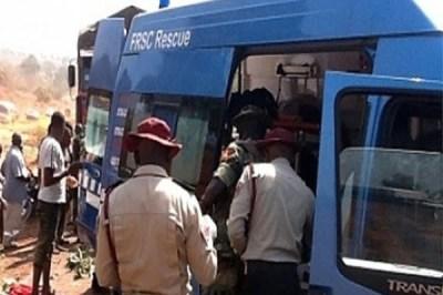 Sallah: 2 Die, 8 injured in Ogun auto crash 1