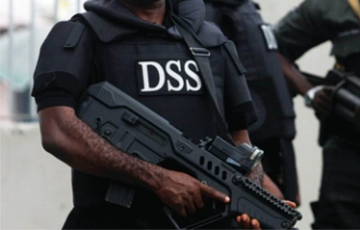, DSS denies slapping aviation security officer at Abuja airport., Effiezy - Top Nigerian News & Entertainment Website