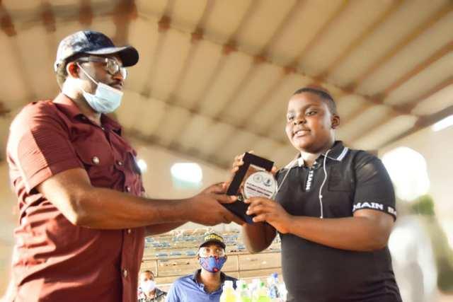 abia 2 - PHOTONEWS: Abia govt presents award to 11-year-old sports commentator, popular presenter
