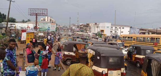 IMG 20201019 WA0016 - End SARS: Protesters block Lagos - Ibadan expressway [PHOTOS]