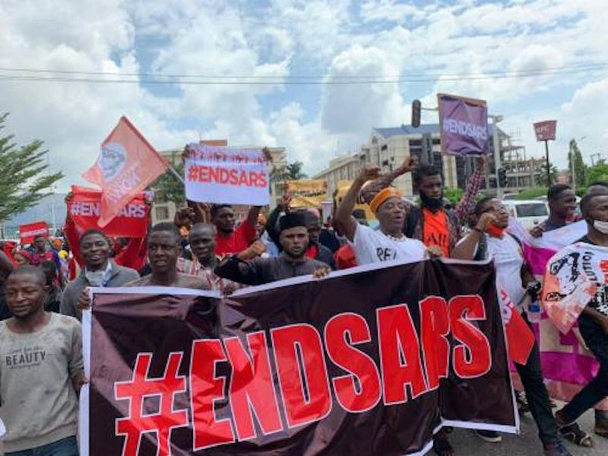 Lagos: Bullets hit End SARS protesters in Lekki. many feared dead - Daily Post Nigeria