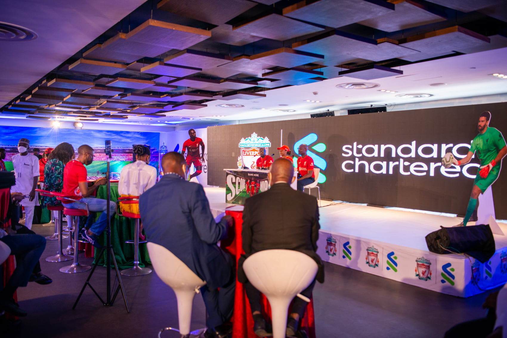 Standard Chartered customers gain access to exclusive LFC prizes through 'bank more, score more'