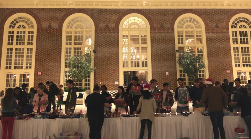 Regent students host Operation Christmas Child packing party