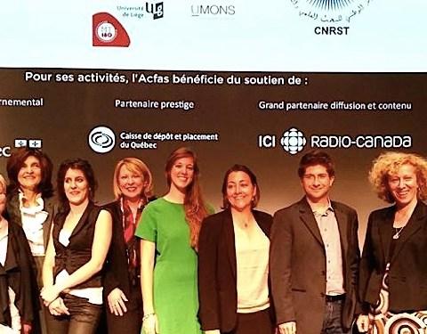 La Française Noémie Mermet (en robe verte) est la lauréate internationale du concours international Ma Thèse en 180 secondes. (photo mt180.fr)