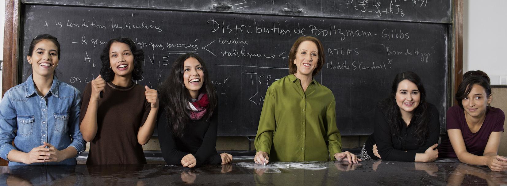 """Le Pr Rajaâ Cherkaoui El Moursli, physicienne des hautes énergies, est la lauréate pour l'Afrique et les Etats arabes, du prix """"For Women in Science 2015"""". © Brigitte Lacombe"""