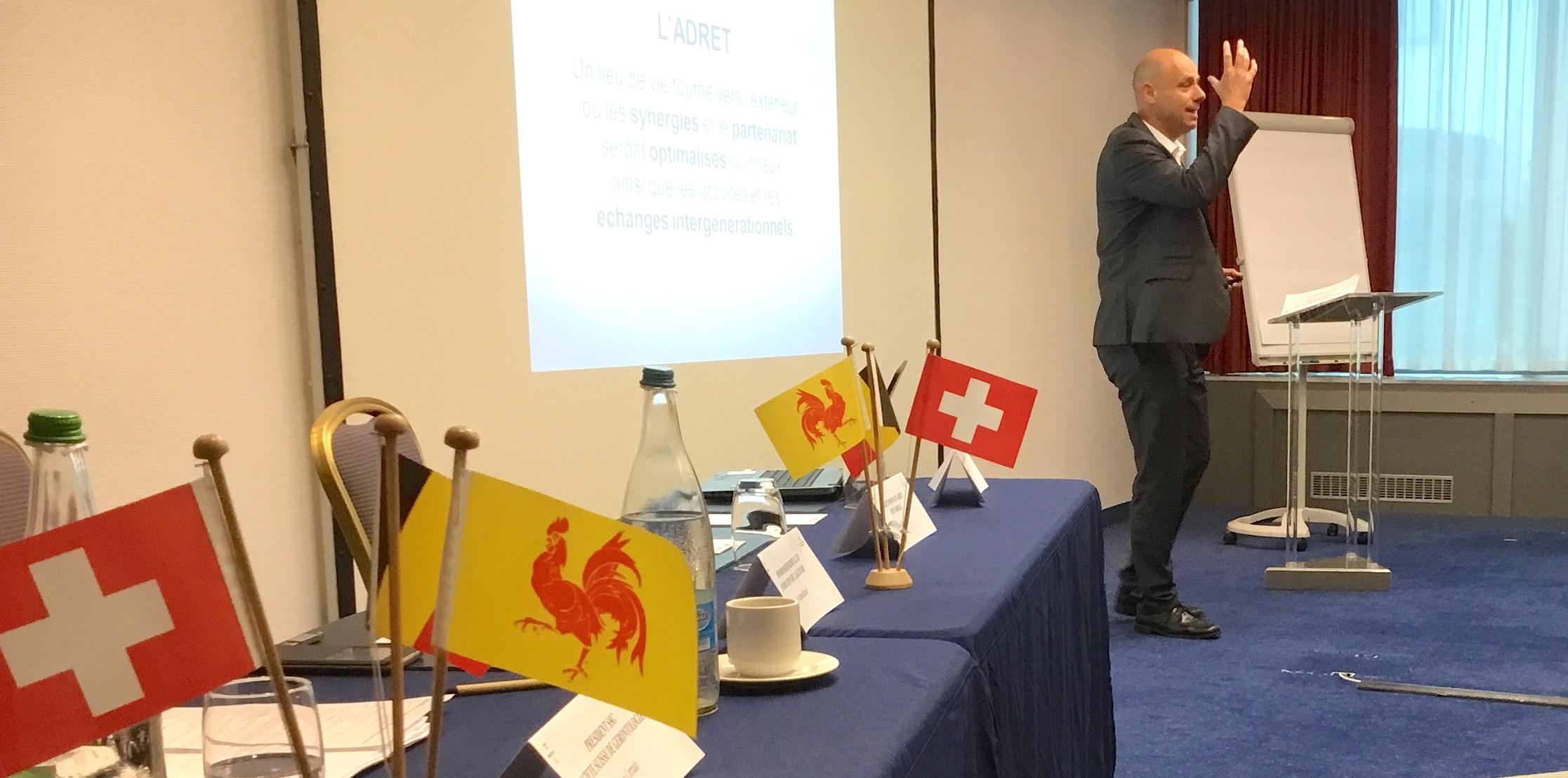 Vieillir en Suisse ou en Wallonie: mêmes préoccupations et défis à relever.