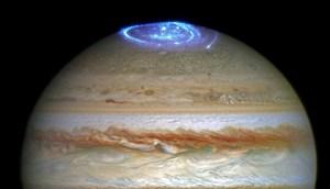 Aurore polaire sur Jupiter. ©HST/ESA/NASA
