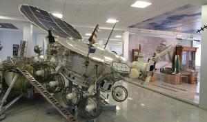 """Deux """"jeeps"""" lunaires soviétiques ont roulé sur la Lune. © CDB"""