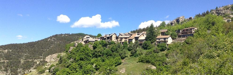 Peyresq village des Alpes de Haute-Provence