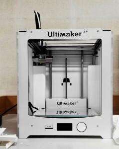 Imprimante 3D de l'atelier de numérisation du MRAC © Céline Husson