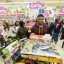 Andre Johnson Lets Kid Run Wild In Toy Stores On Christmas