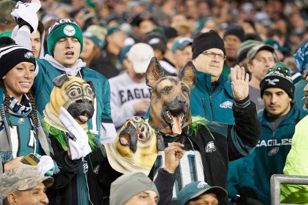 Eagles Fan Caught Sneak Wine In Bra Security Super Bowl
