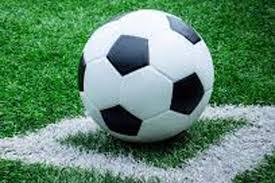 فٹ بال لیگز میں سنسنی خیز مقابلوں کا سلسلہ جاری ہے