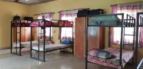 10 Reason To Stay In School Hostel And 5 Reasons Not To