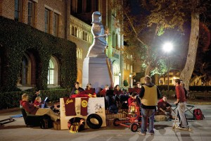 Trojan nights · The Trojan Knights will hold a Thanksgiving dinner in front of Tommy Trojan on Thursday as they guard the statue as part of Save Tommy Week. - Ian Elston | Daily Trojan