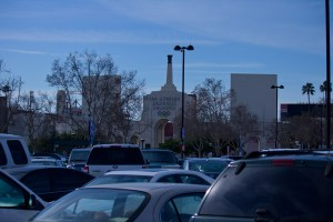 Turf wars · The most recent proposed lease agreement for control of the Coliseum could result in continued access to parking lots for football fans, but no additional parks for the surrounding community. - Joseph Chen | Daily Trojan