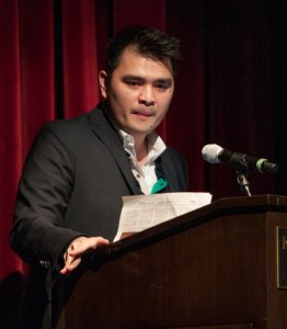 Dream on · Pulitzer-prize winning journalist Jose Antonio Vargas speaks to students Wednesday night in the Ronald Tutor Campus Center. - Priyanka Patel | Daily Trojan