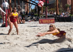 Grand opening · Junior Sam Hirschmann (right) and freshman Sydney Seau (No. 21) fell in close contests to LMU (21-18, 21-19), and also to Florida State (21-19, 21-19). USC still defeated LMU 4-1. - William Ehart | Daily Trojan