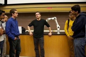 Game time · Google VP of Social Products Bradley Horowitz speaks to students at a event hosted by the Viterbi Student Innovation Institute, which also encourages students to create their own start-ups.  - Ralf Cheung | Daily Trojan