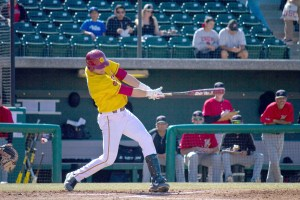 Swinging for the fences · Sophomore outfielder Vahn Bozoian started 27 games for USC last season, hitting .224 with two home runs and 11 RBIs. - Joseph Chen | Daily Trojan