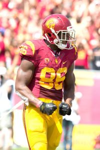 Back in style · Redshirt junior tight end Xavier Grimble caught his first touchdown pass of the year, a 30-yard grab, last week against Utah State. - Ralf Cheung | Daily Trojan