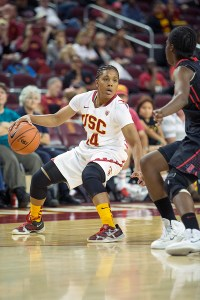 Step up · Junior guard Ariya Crook assumed control of USC's offense after senior forward Cassie Harberts got into foul trouble in the first half. - Ralf Cheung   Daily Trojan