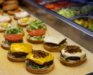 """""""Ring"""" in the New Year · USC Hospitality has introduced a handful of new on-campus dining options. The Habit Burger Grill replaced Carl's Jr. in the Ronald Tutor Campus Center food court earlier this semester. - Photo courtesy of Erika Chesley"""