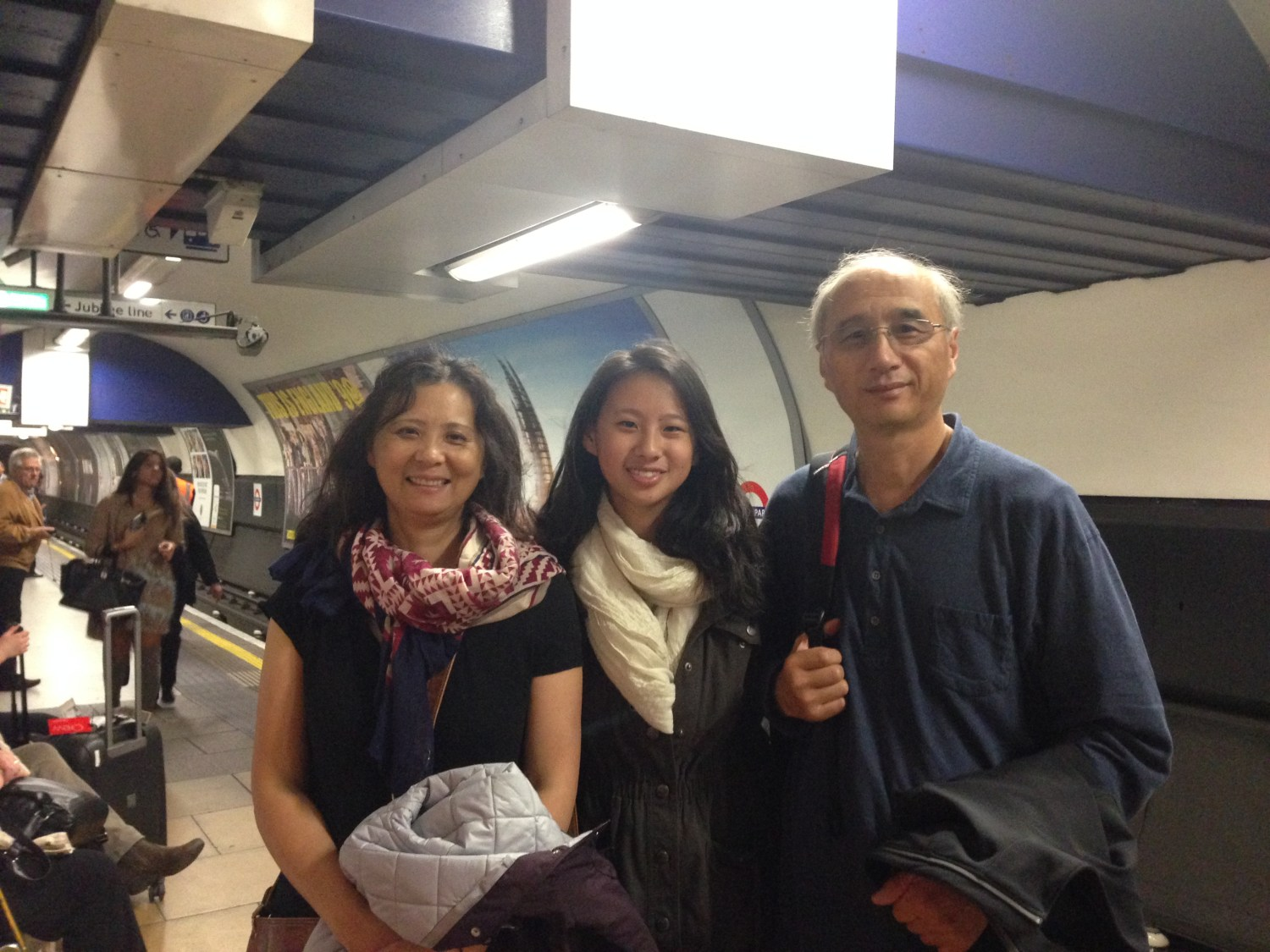 Blogger Michelle Lee showed her parents around her new home in London last week. Contributed by Michelle Lee | Daily Trojan