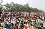 بھارتی کسانوں کا متنازع قوانین کیخلاف احتجاج جاری، محکمہ خوراک کے دفاتر کا گھیراؤ