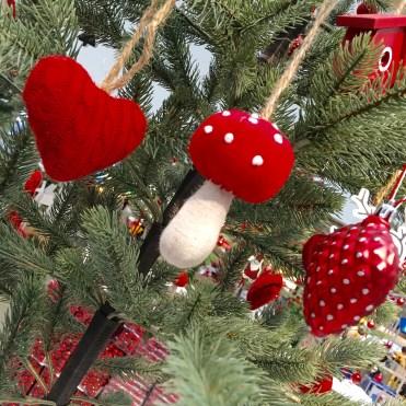 decorations-hanging-ikea