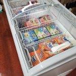 新しい冷凍庫がやっと稼働しました
