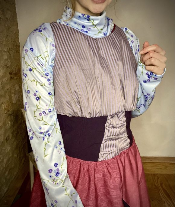 Purple 50s style day dress with silk and purple wool. With blue floral vintage turtleneck