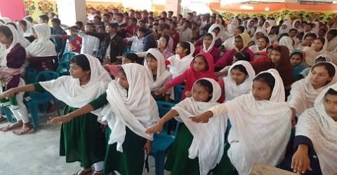 মির্জাগঞ্জে মাদক ও বাল্যবিবাহ প্রতিরোধে সহাস্রাধিক শিক্ষার্থীদের শপথ