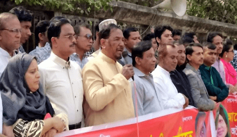 'বাঙালি স্বৈরাচারকে' বিদায় করার সময় সমাগত বললেন হাফিজ