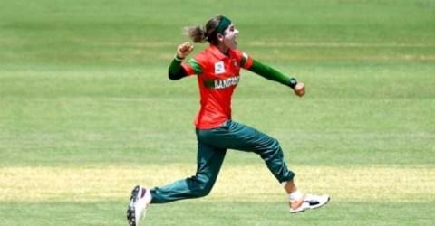 নারী টি-২০ বিশ্বকাপ: পাকিস্তানকে হারিয়ে বার্তা দিল বাংলাদেশ