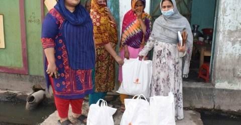 আরাবী ফাউন্ডেশনের উদ্যোগে অসহায় ও দরিদ্রদের মাঝে ঈদ সামগ্রী বিতরন