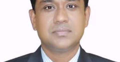 কর্মগুণে পুরস্কার পেলেন বরগুনার জেলা প্রশাসক মোস্তাইন বিল্লাহ