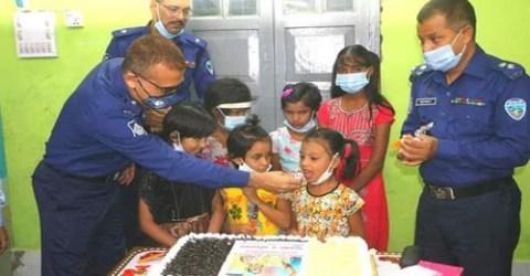 নোয়াখালী জেলা পুলিশের উদ্যোগে প্রধানমন্ত্রী জন্মদিন উদযাপন