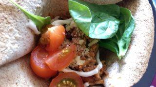 Tortilla Bowl with Chilli Con Carne & Salad