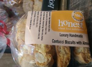 Cantucci Biscuits with Almond