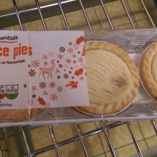 Everyday Essentials Mince Pies