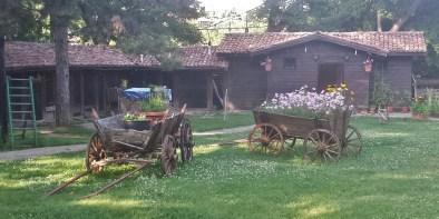 Mehana Izvora Garden with Wagons