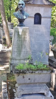 Grave of Louis Desire Delcous