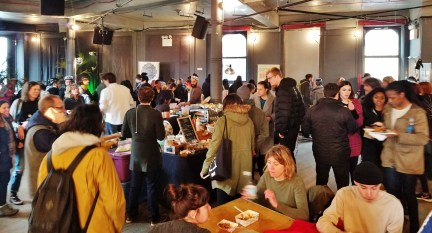 The Crowd at the Market Hotel's Vegan Market