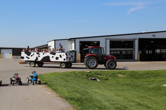 Farm Tour wagon heading back to unload