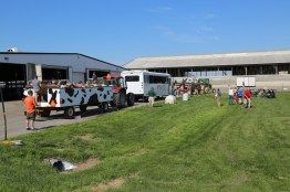 Unloading Farm Tour wagons at the 2016 Breakfast