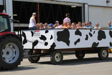 Wagon-ride Touring Pagel's Ponderosa Dairy at the 2016 Breakfast